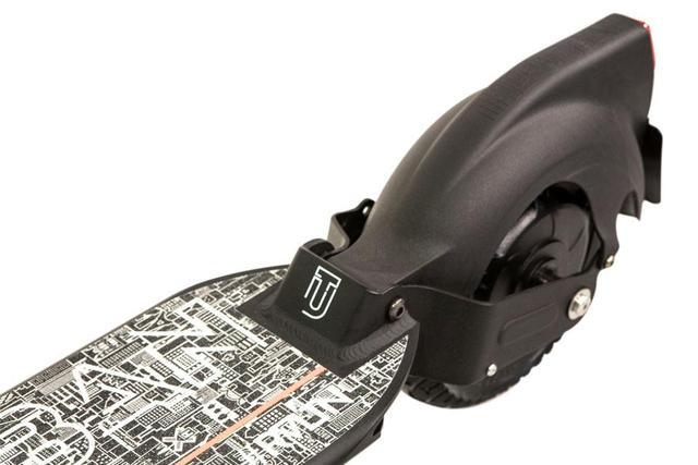 E-Scooter THE-URBAN #RVLTN Autobild-Edition mit Straßenzulassung nach eKFV